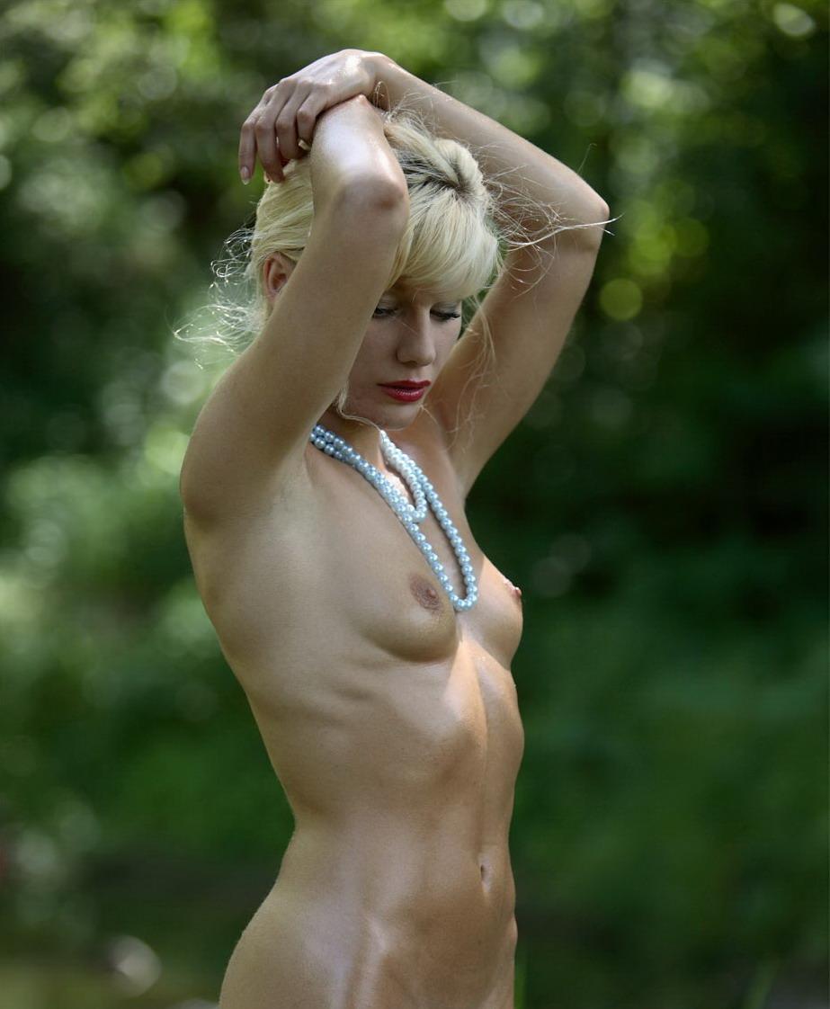 Фото голых уфимских девушек 2 фотография